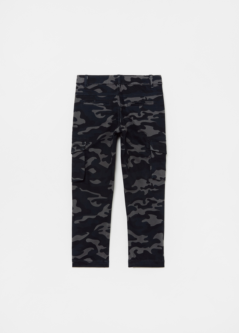 Pantaloni cargo stampa camouflage image number null
