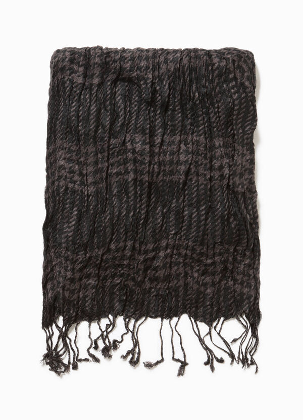 Creased-effect check scarf