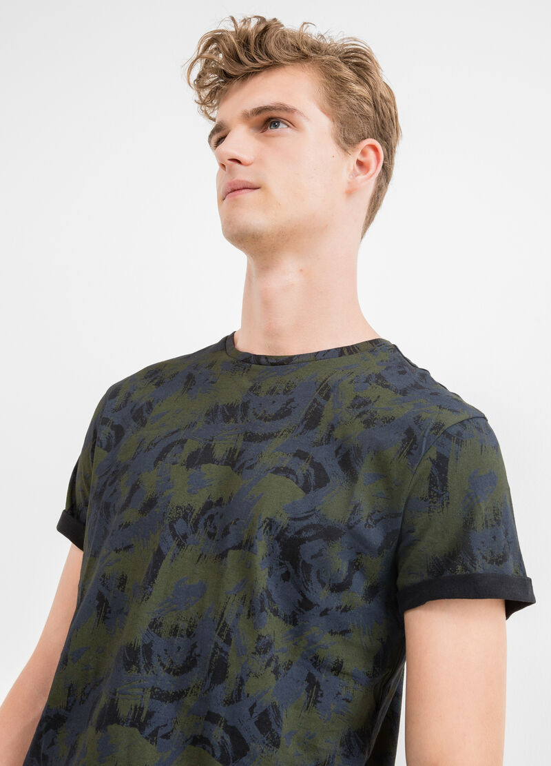 100% cotton T-shirt with all-over print