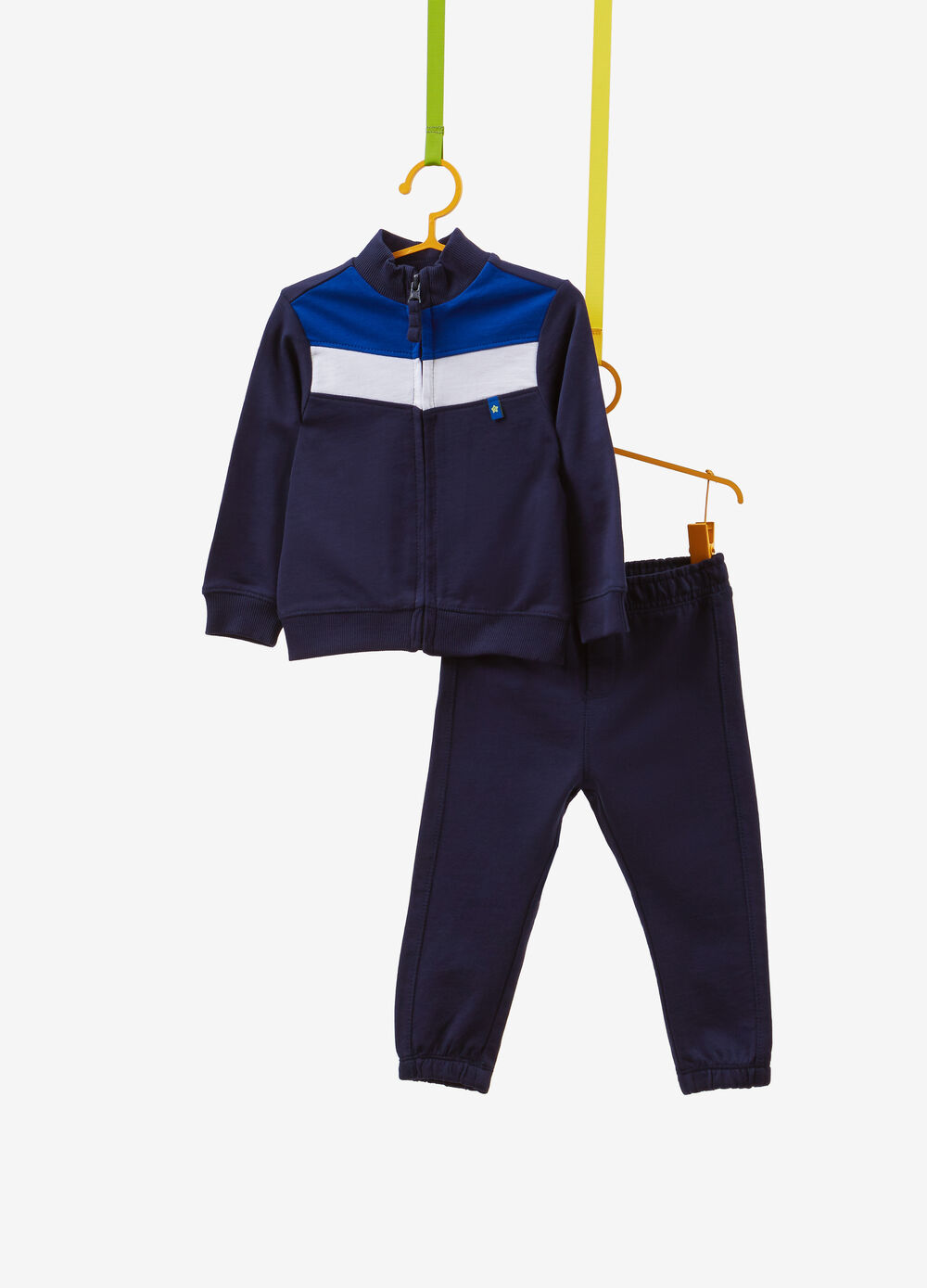 100% cotton tracksuit with inserts and patches