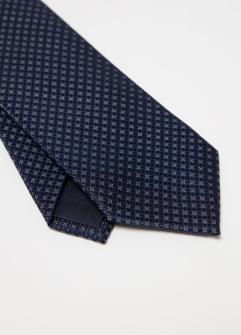 Patterned tie with geometric weave image number null
