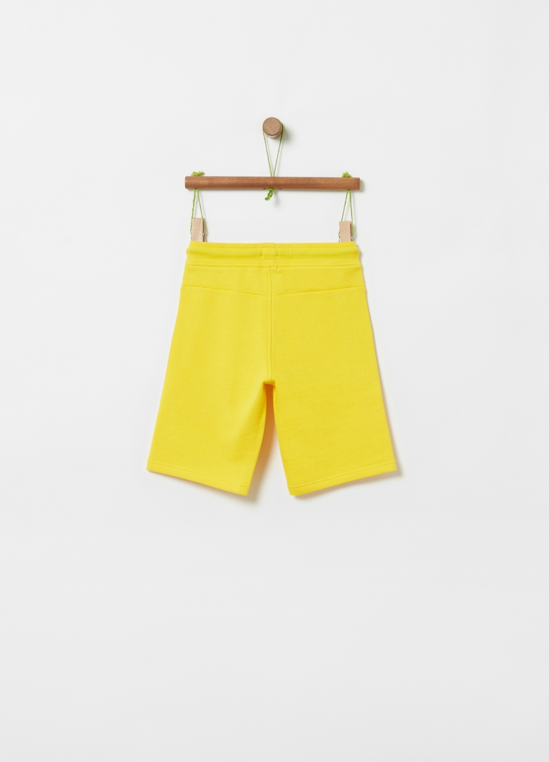 Short National Geographic trousers image number null