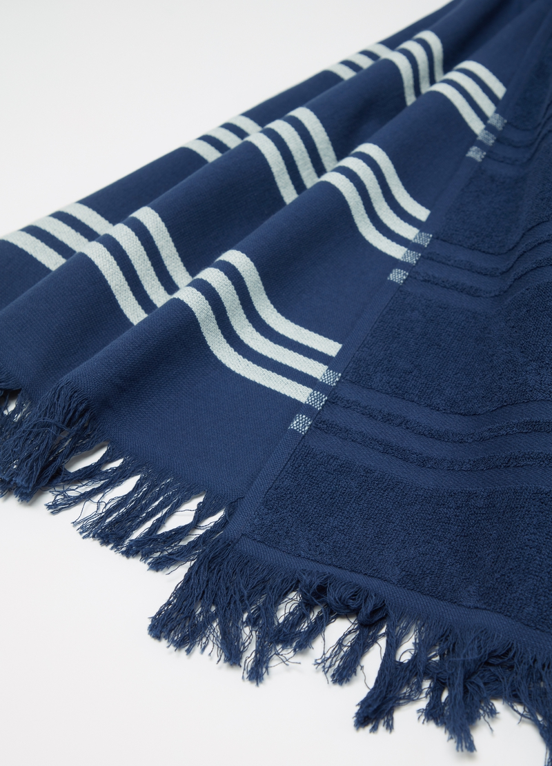 100% cotton beach towel with fringing image number null