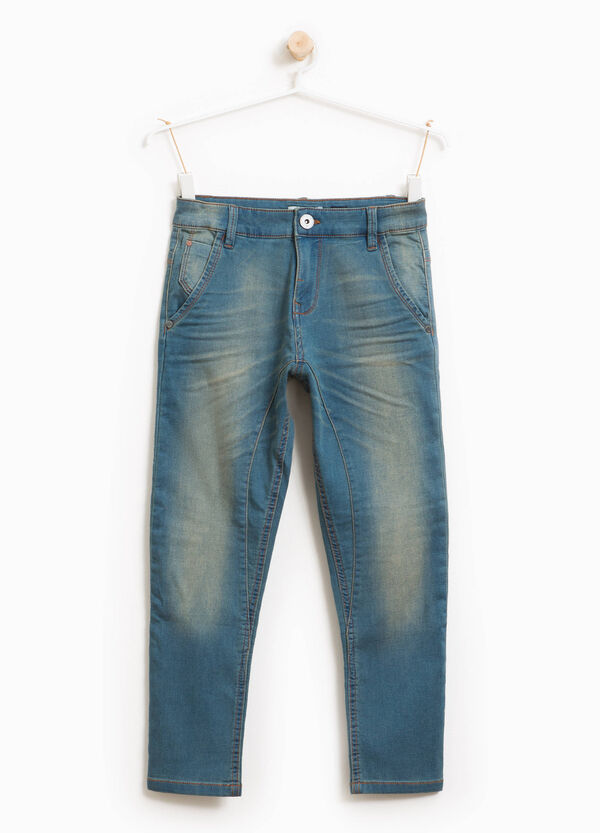 Jeans stretch effetto used con baffature | OVS