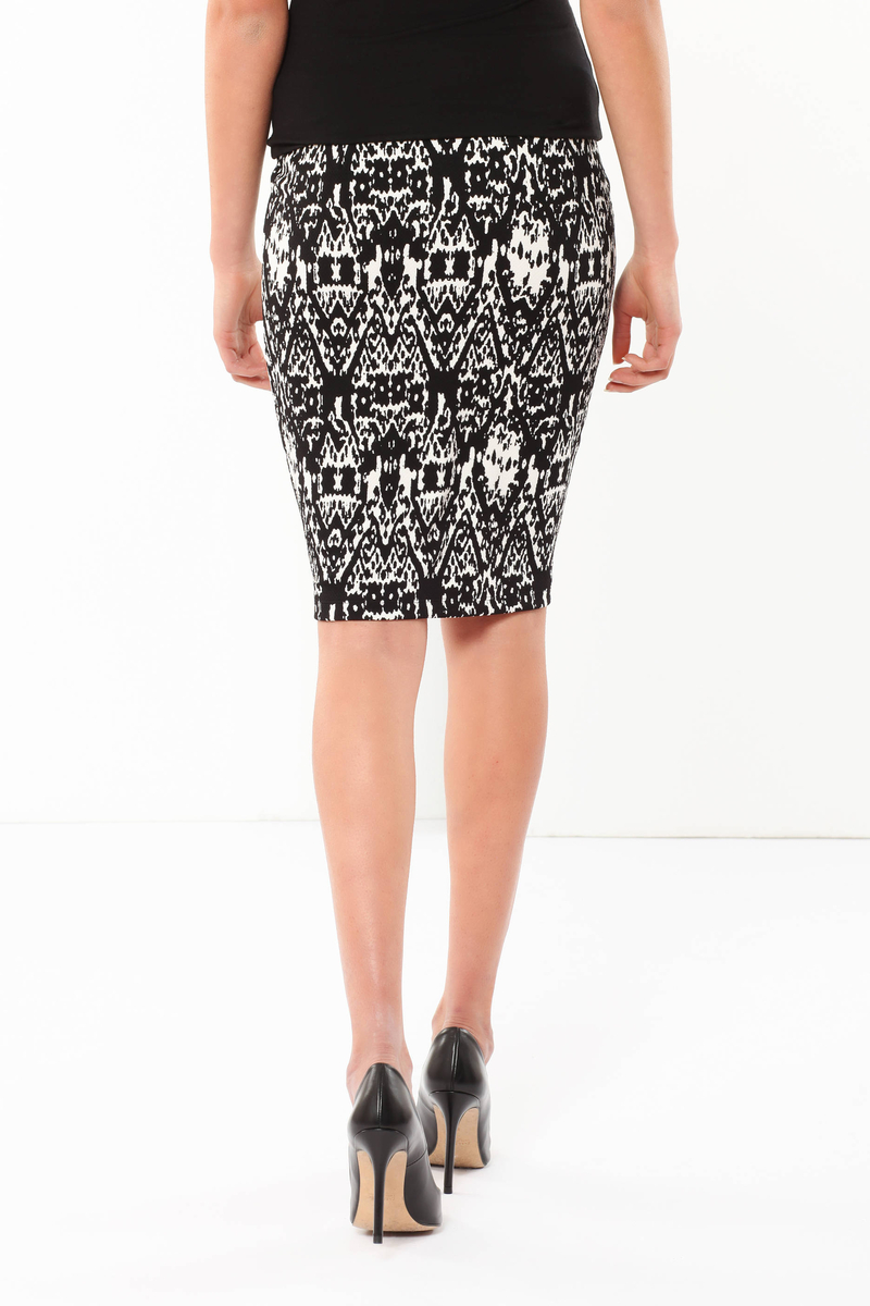 Patterned skirt image number null