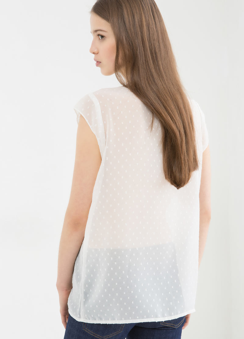 Semi-sheer pleated shirt image number null