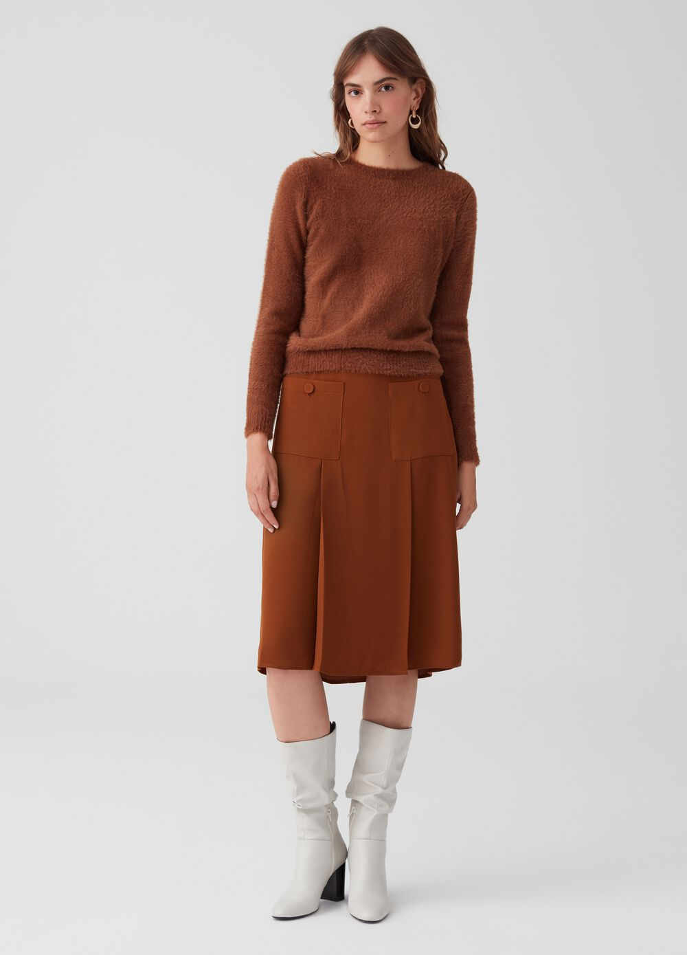 Solid colour skirt with pockets