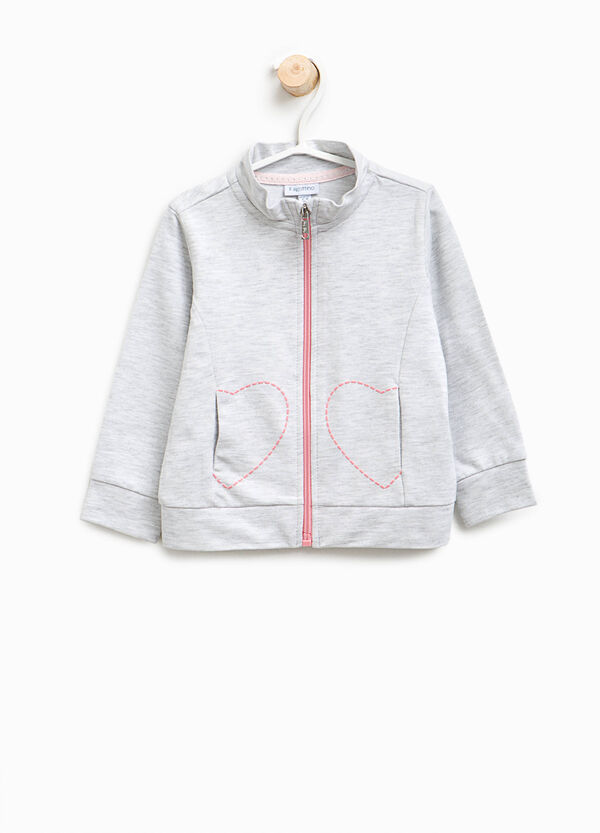 Sweatshirt with high neck and hearts print