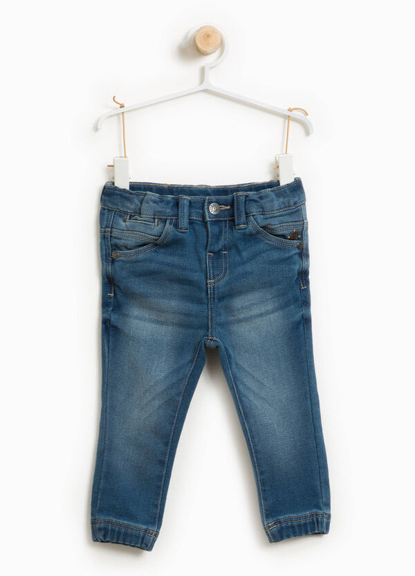 Used-effect stretch jeans with whiskerings | OVS
