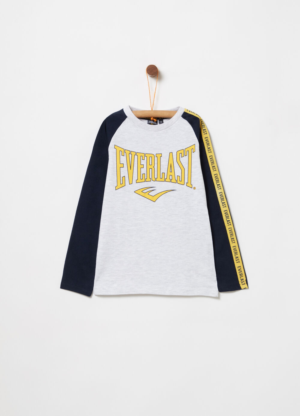 T-shirt with long raglan sleeves and band