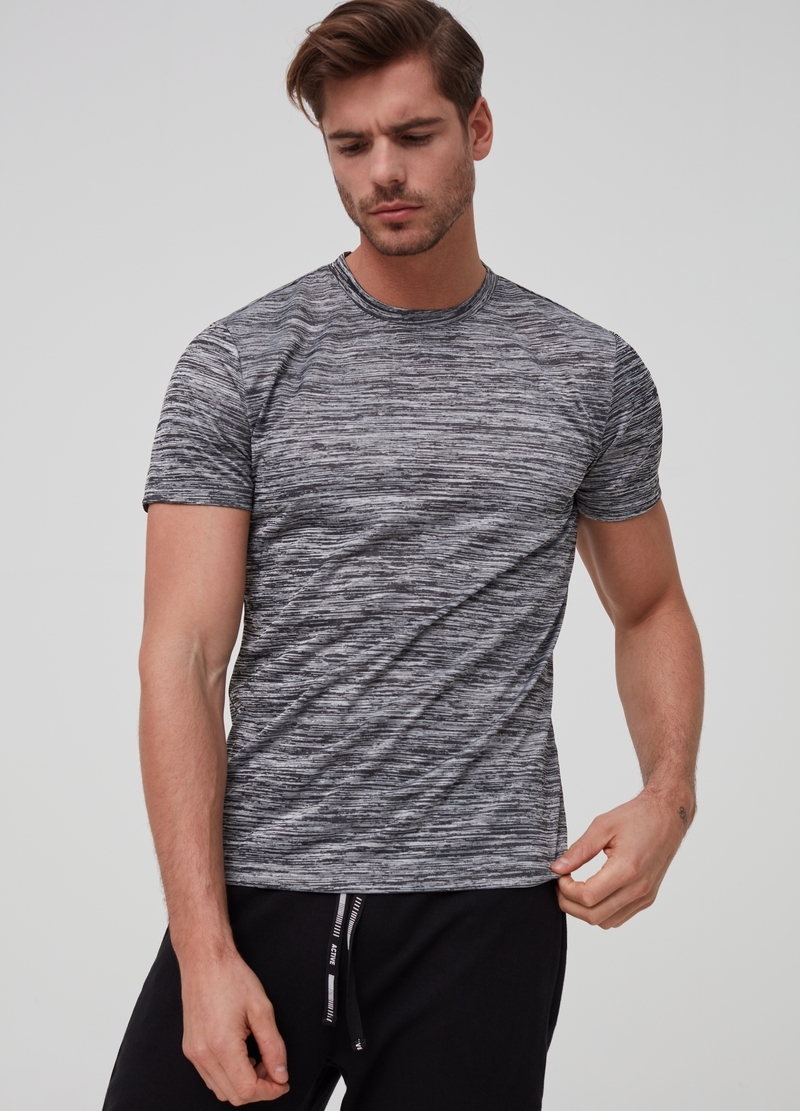 Crew neck T-shirt with stripes image number null