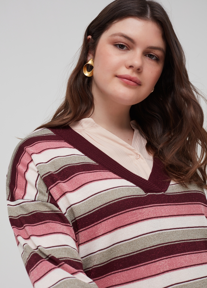 Curvy knitted pullover with lurex image number null