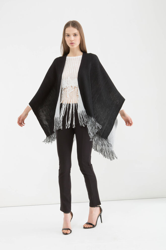 Two-colour cape with fringing