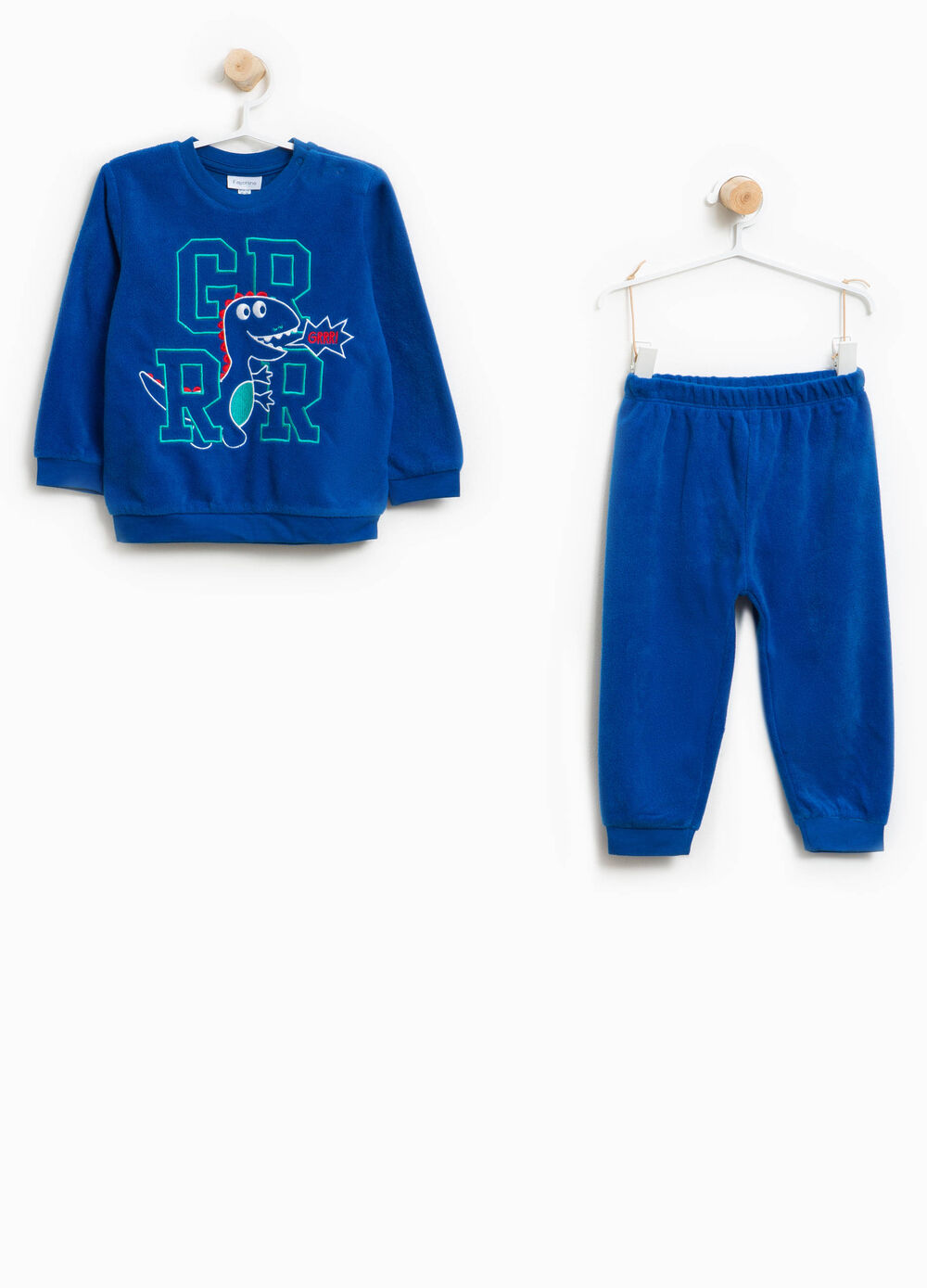 Solid colour pyjamas with embroidery