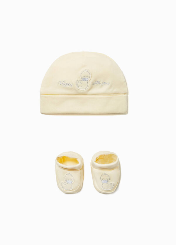 Duckling hat and shoes set