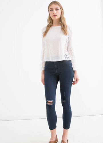 Solid colour T-shirt with lace inserts