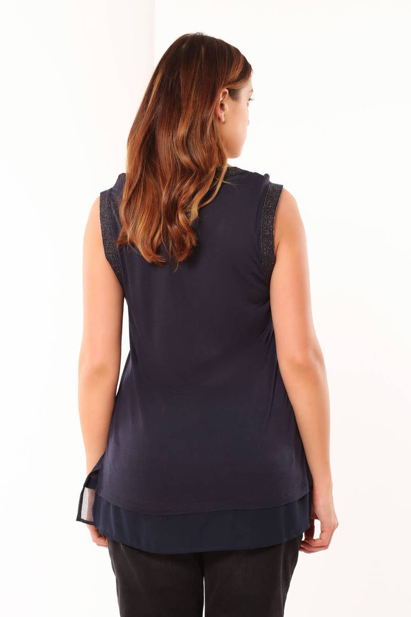 Curvy T-shirt in viscose image number null