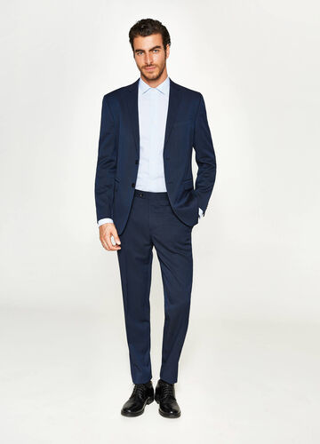 Regular-fit suit in viscose with micro stripes