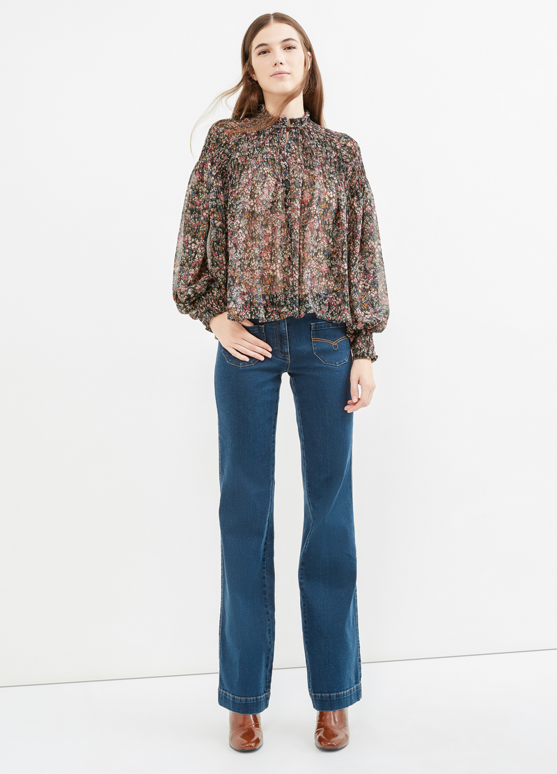 Blusa con stampa floreale all-over image number null