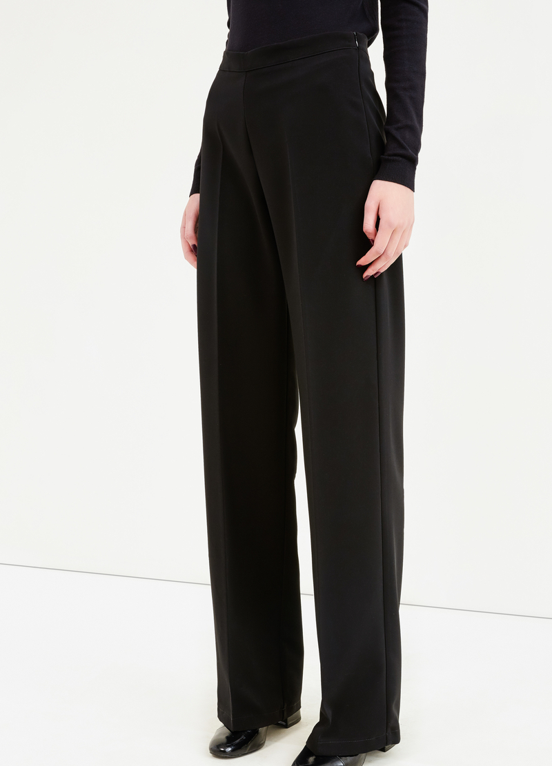 Solid colour trousers with crease image number null