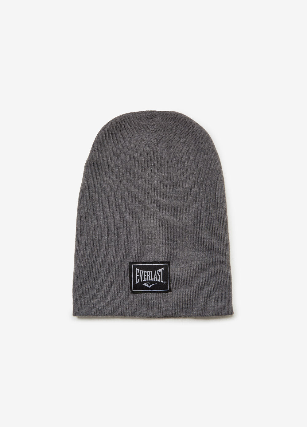 Knitted hat with Everlast patch