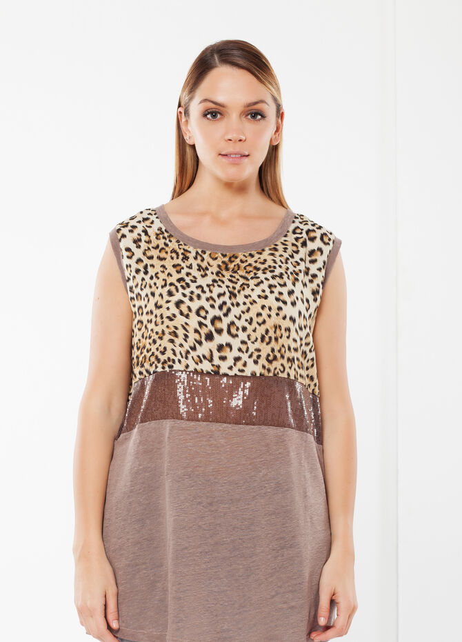 Curvy animal print T-shirt