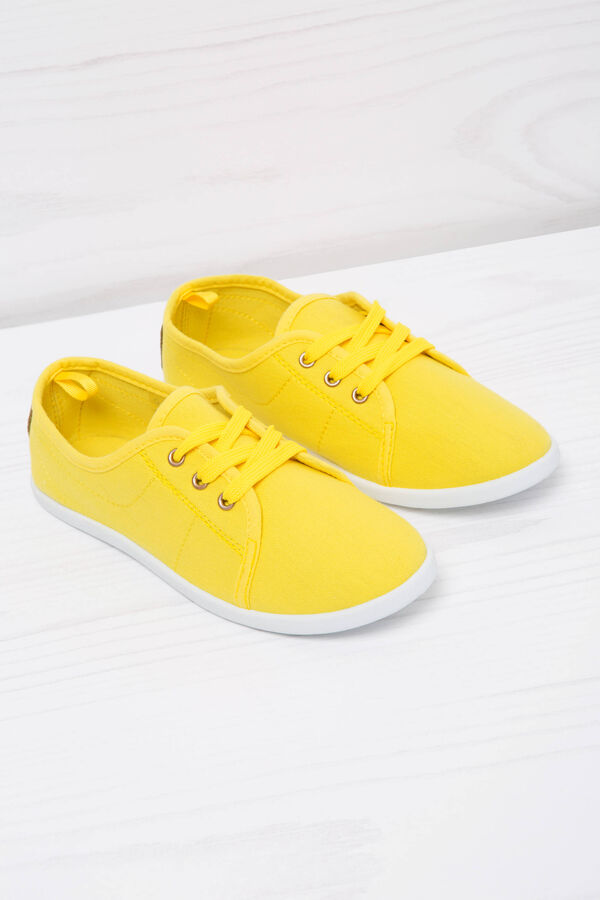 Low sneakers with laces   OVS