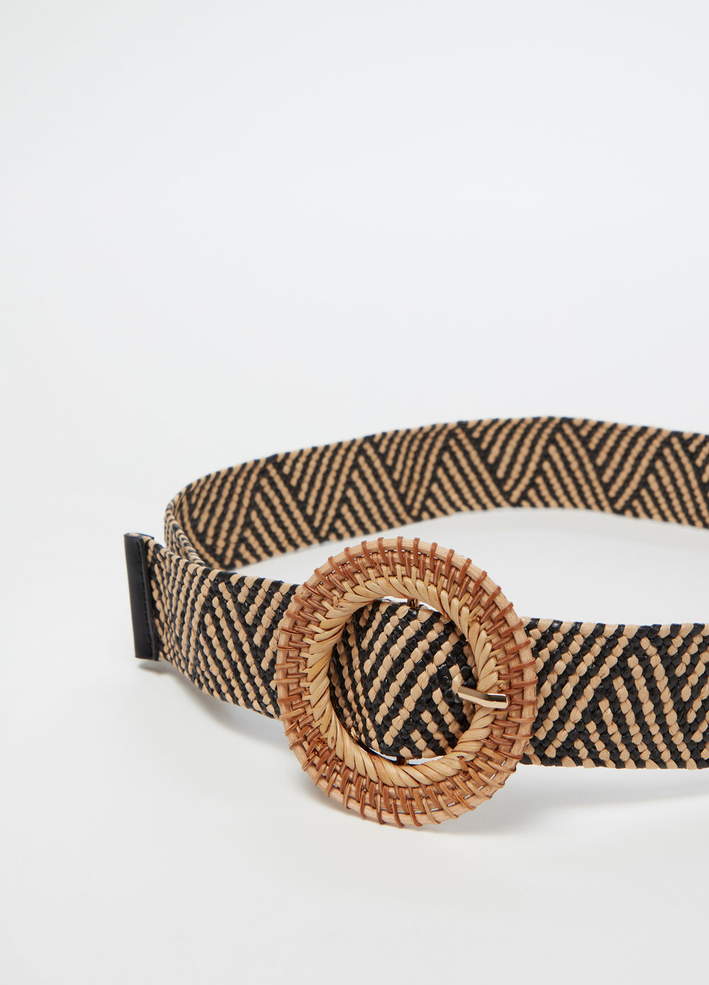 Braided low-rise belt with round buckle