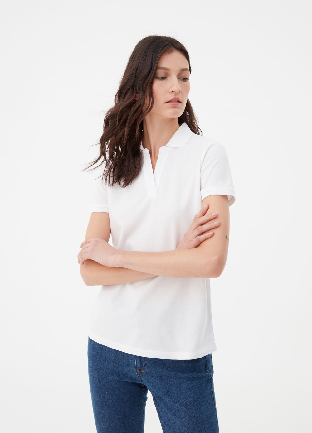 Organic cotton V-neck polo shirt