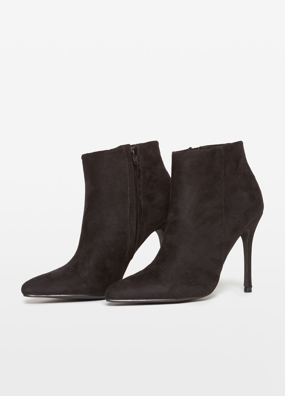 Ankle boots with stiletto heel and zip