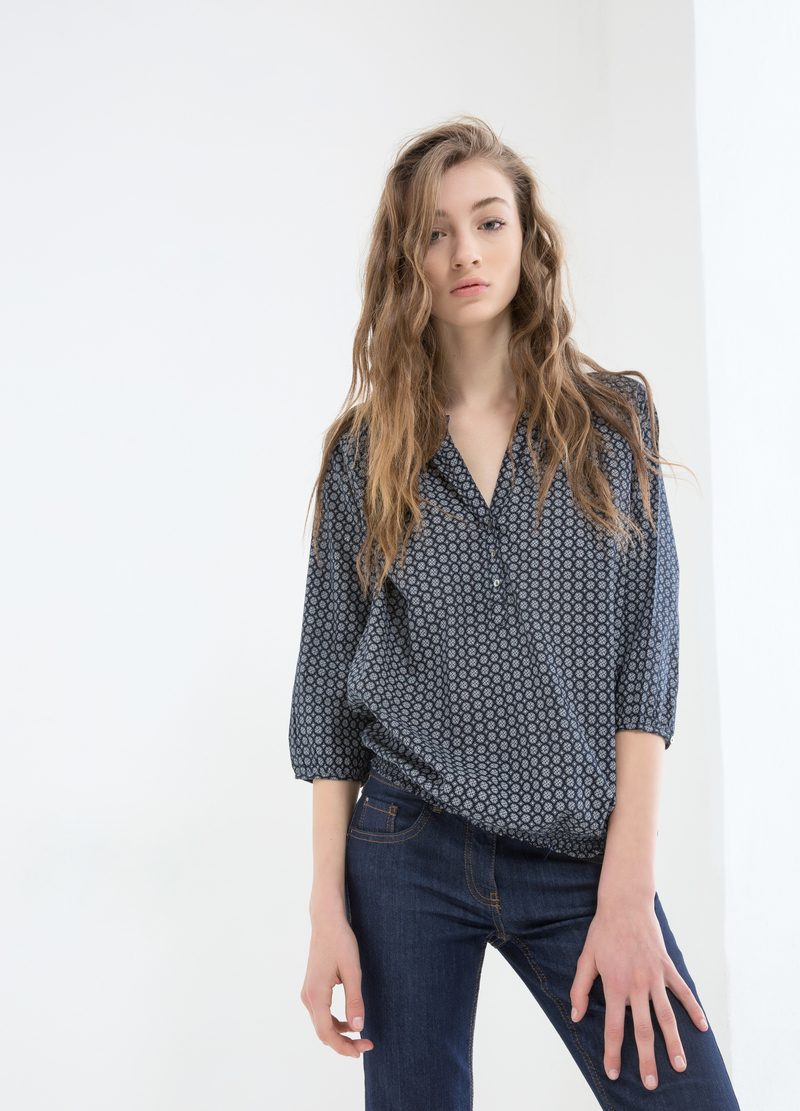 Patterned blouse in 100% cotton image number null