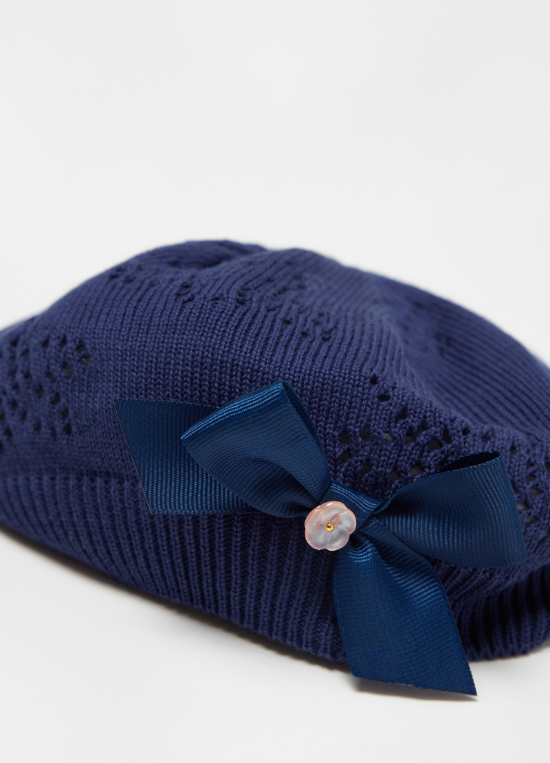 100% cotton hat with bow image number null