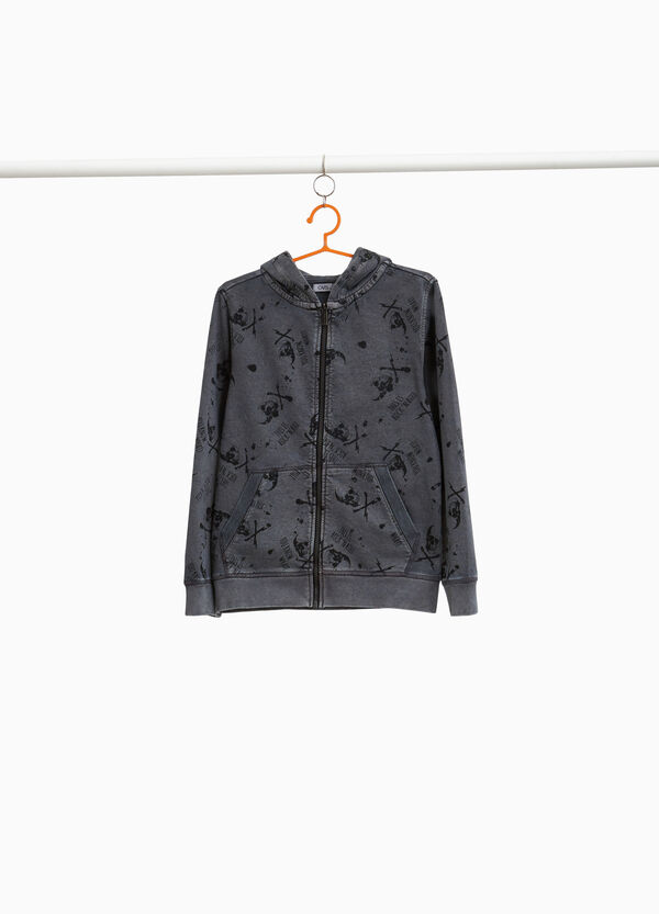 Sweatshirt with skull and lettering pattern