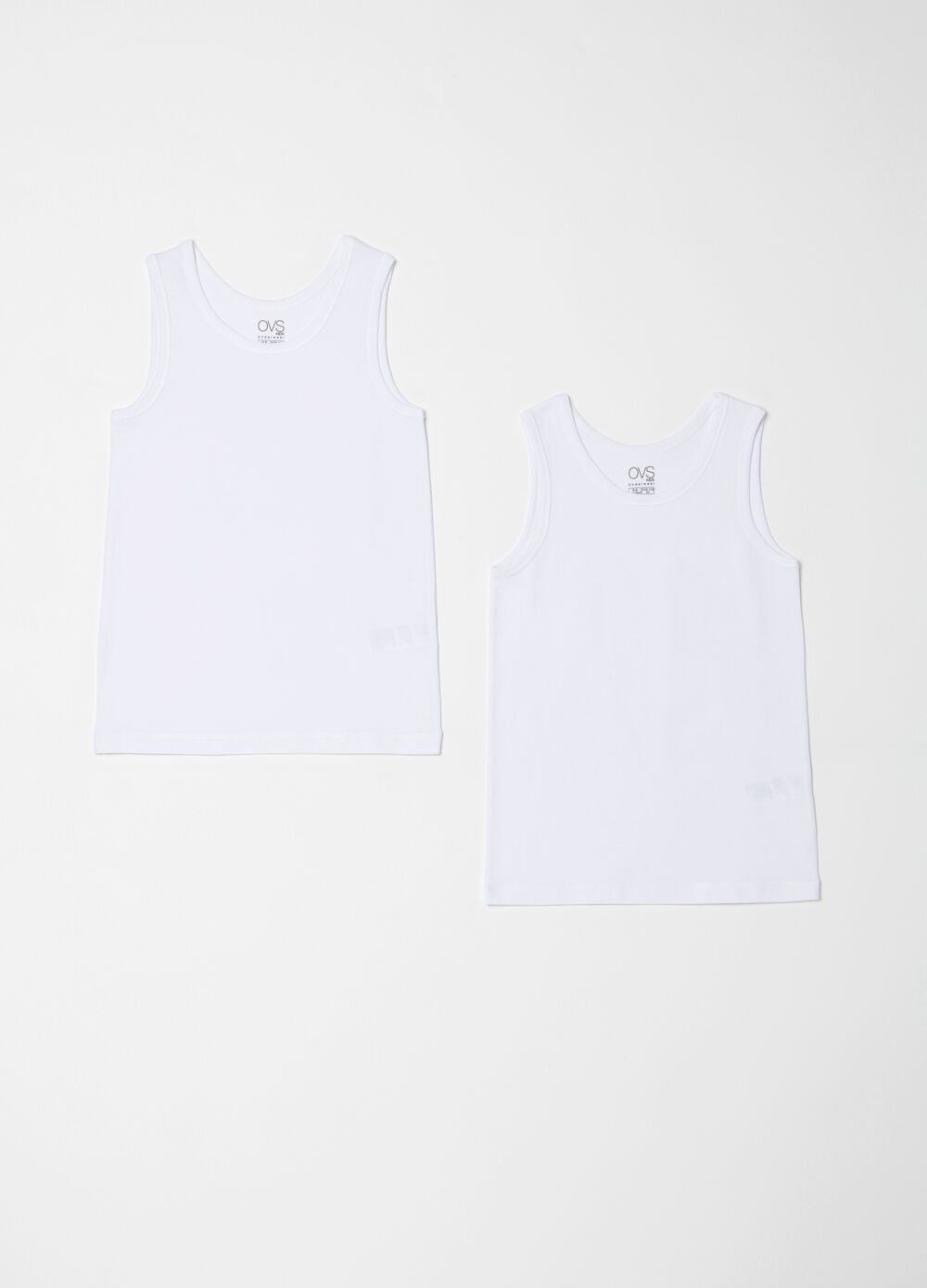 Two-pack stretch under vests