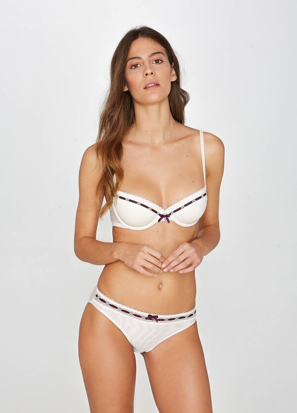 Padded lace bra with underwire