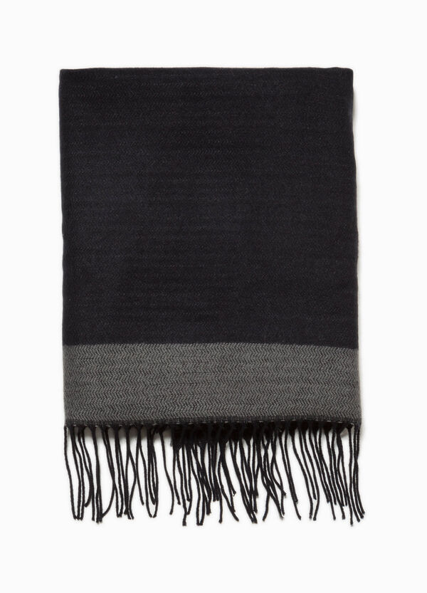Scarf with geometric weave and long fringes | OVS