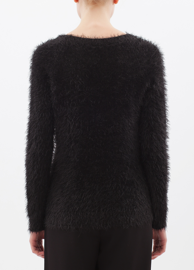 Shaggy pullover with round neck image number null