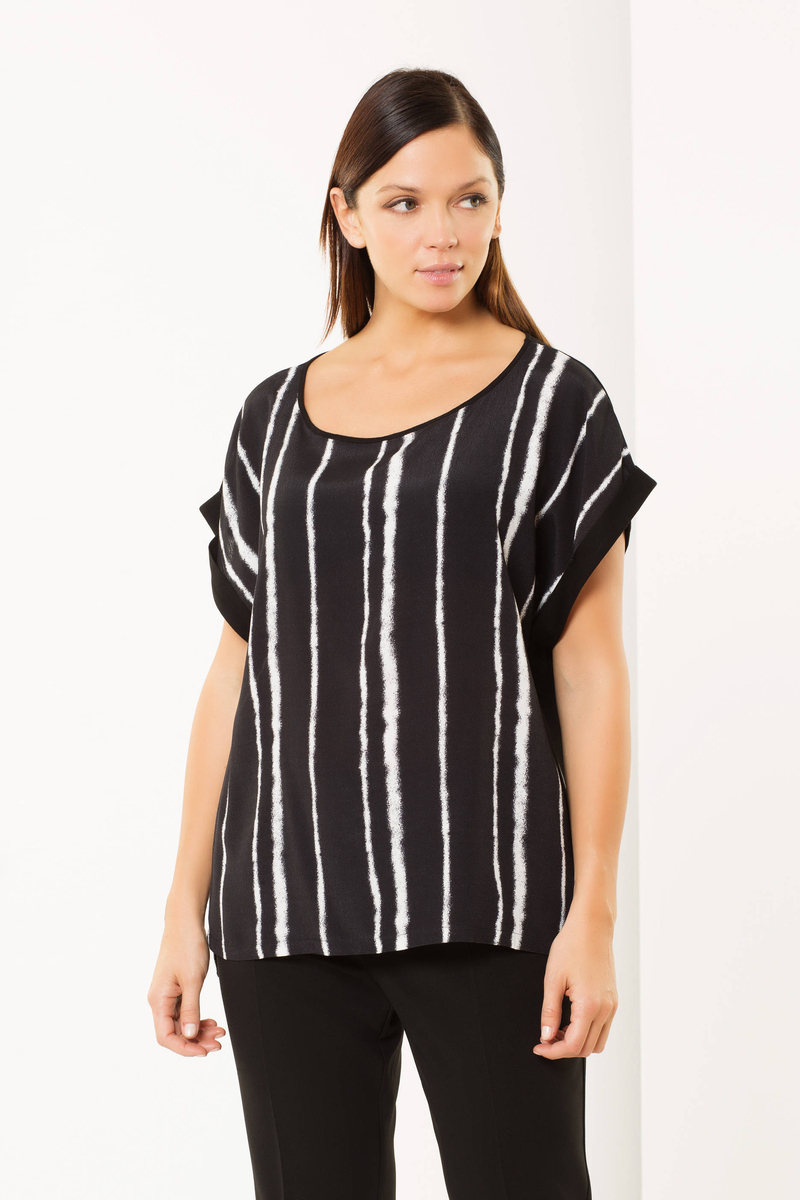 Curvy striped blouse image number null