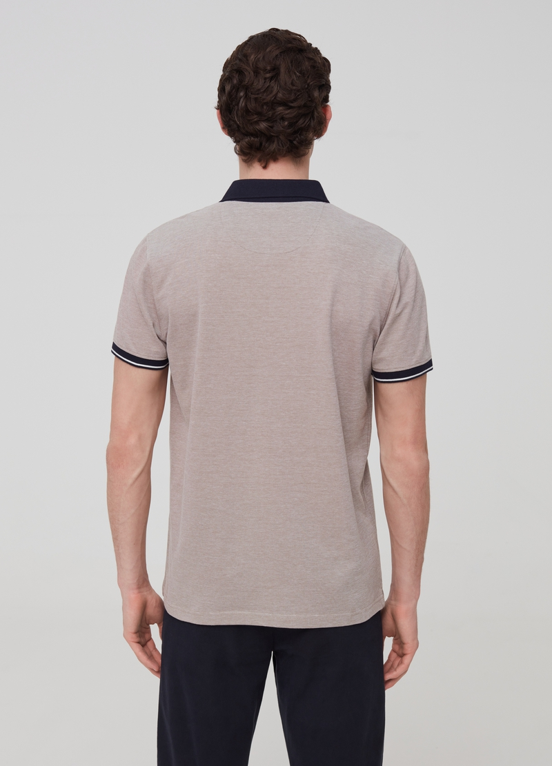 Mélange polo shirt with cutaway collar image number null