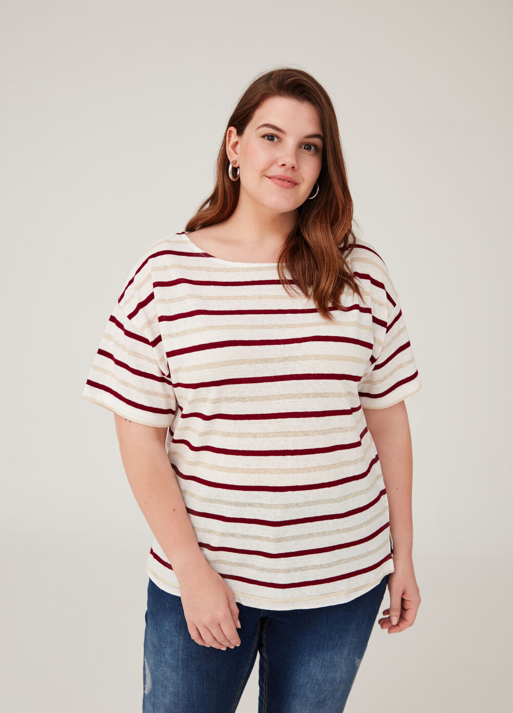 Curvy T-shirt with boat neck and stripes