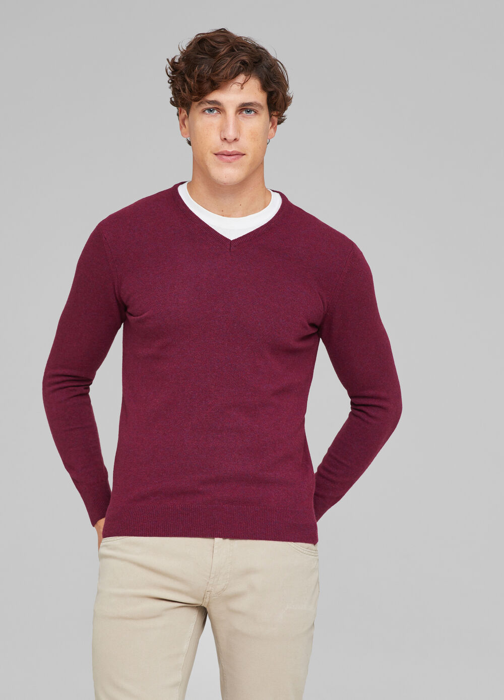 Cashmere blend knitted pullover