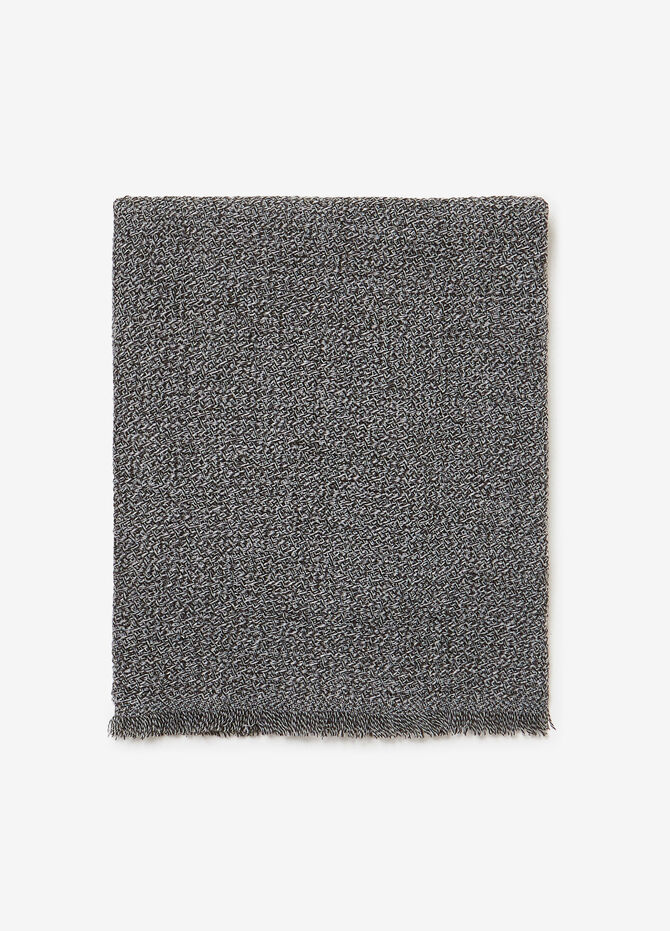 Two-tone neck warmer with fringe and weave