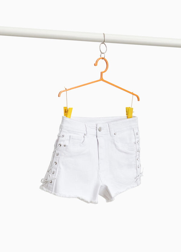 Stretch cotton shorts with laces