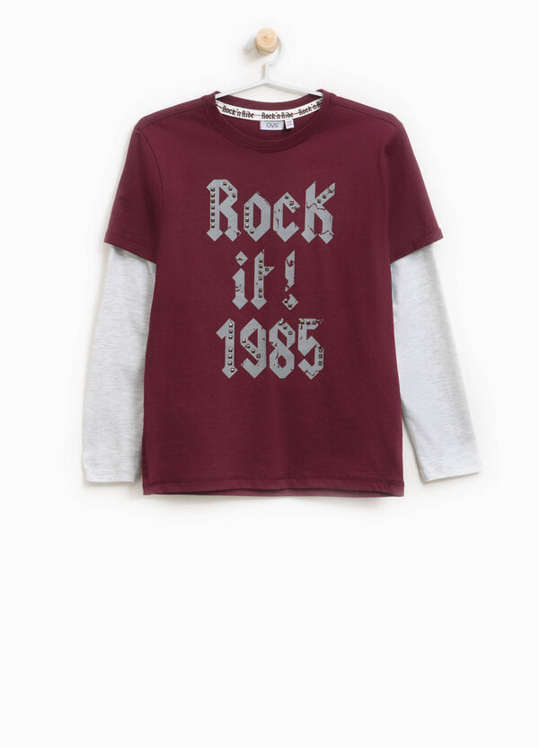 T-shirt stampa lettering con borchie