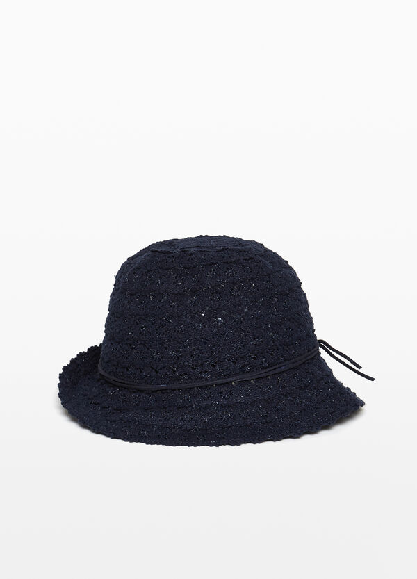 Lace hat with wide brim