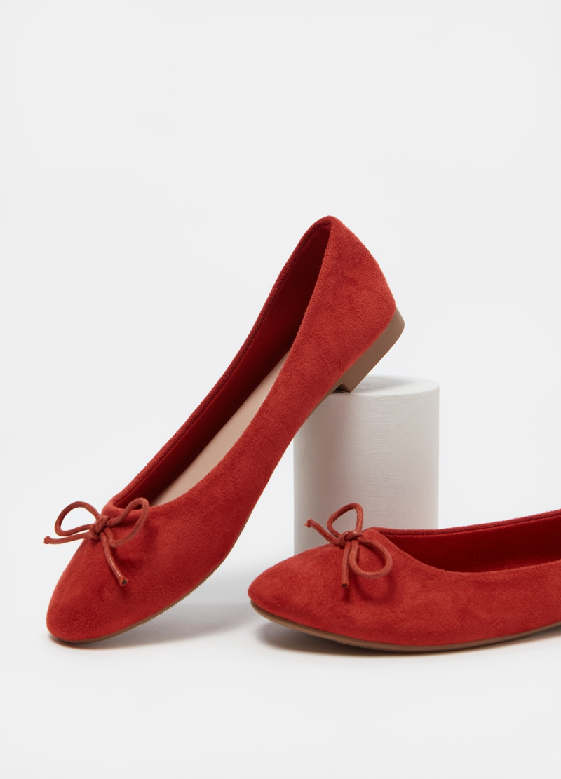 Suede-effect pointed ballerina flats image number null