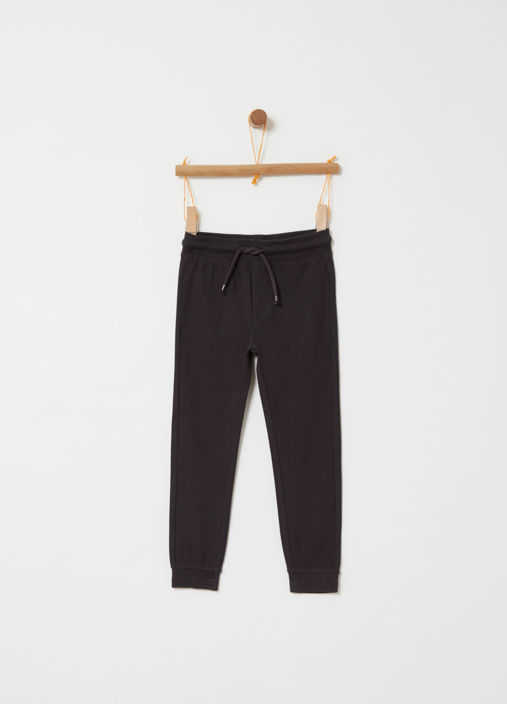 Cotton piquet trousers with functional pockets