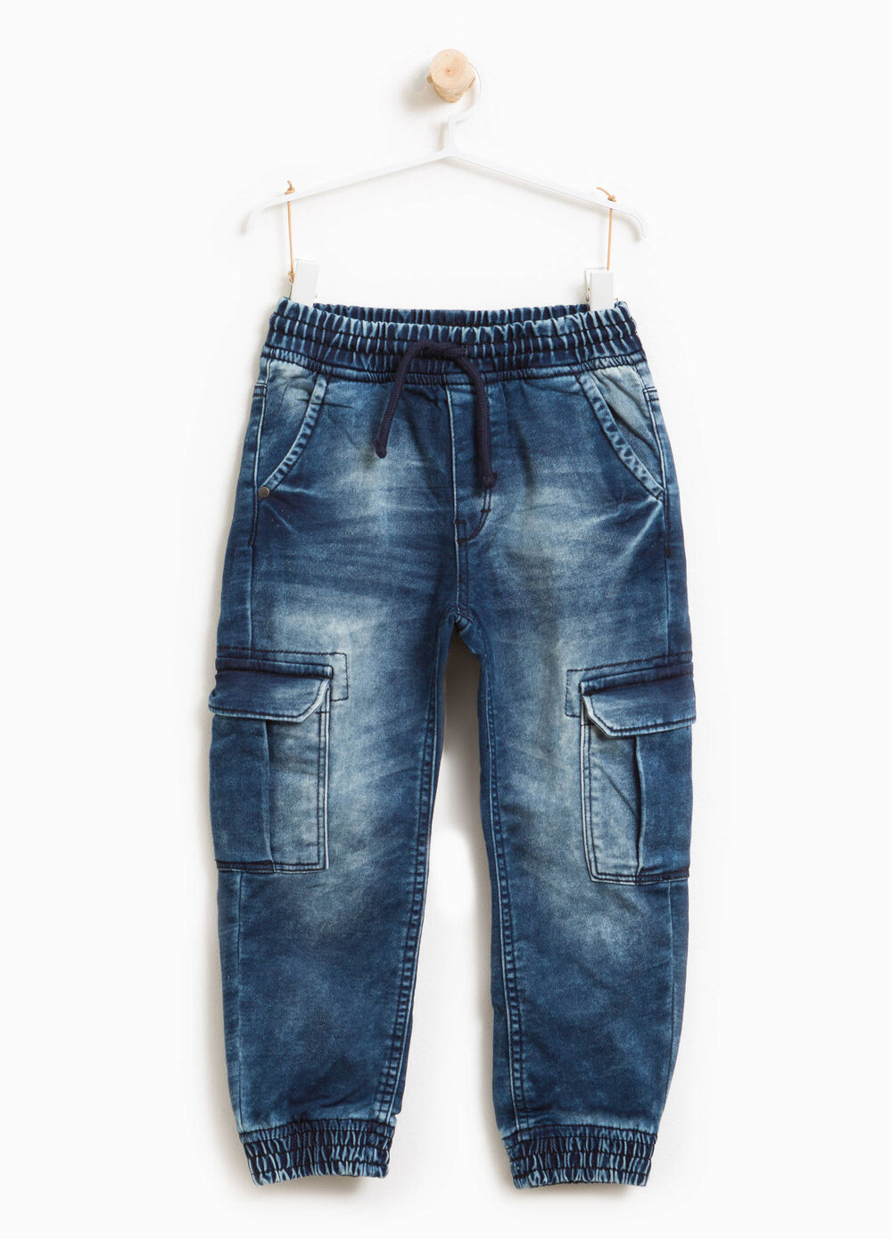 Worn-effect jeans with whiskering