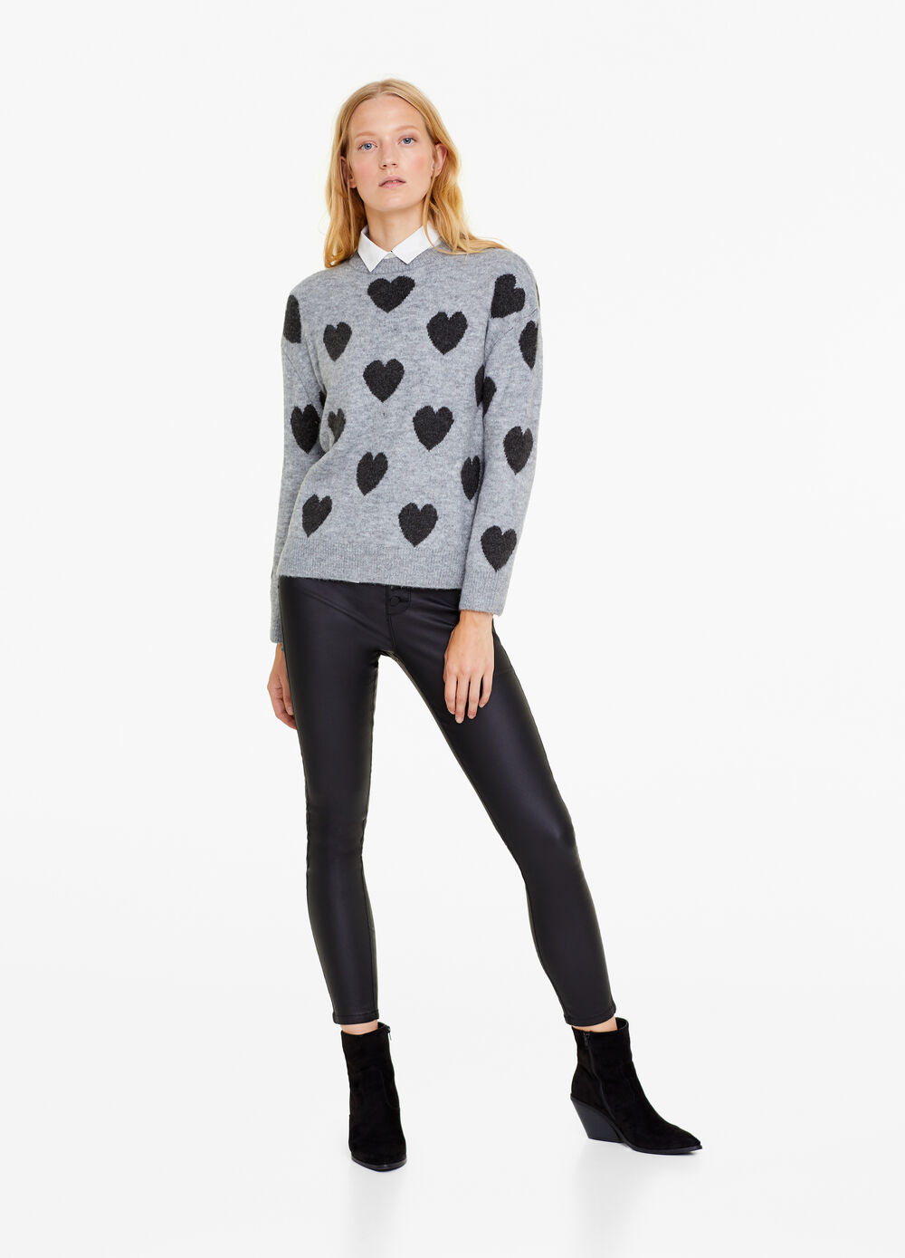 Jacquard pullover with heart pattern
