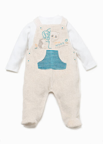 T-shirt and dungarees set with patch